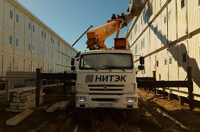 Rent the all road Aerial work platform truck KAMAZ, 28 meter jib